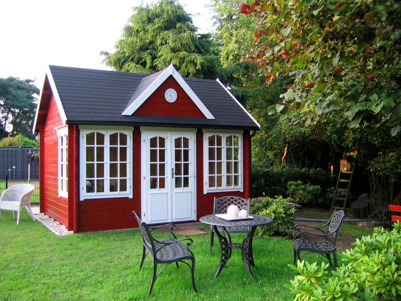 Gartenhaus rot