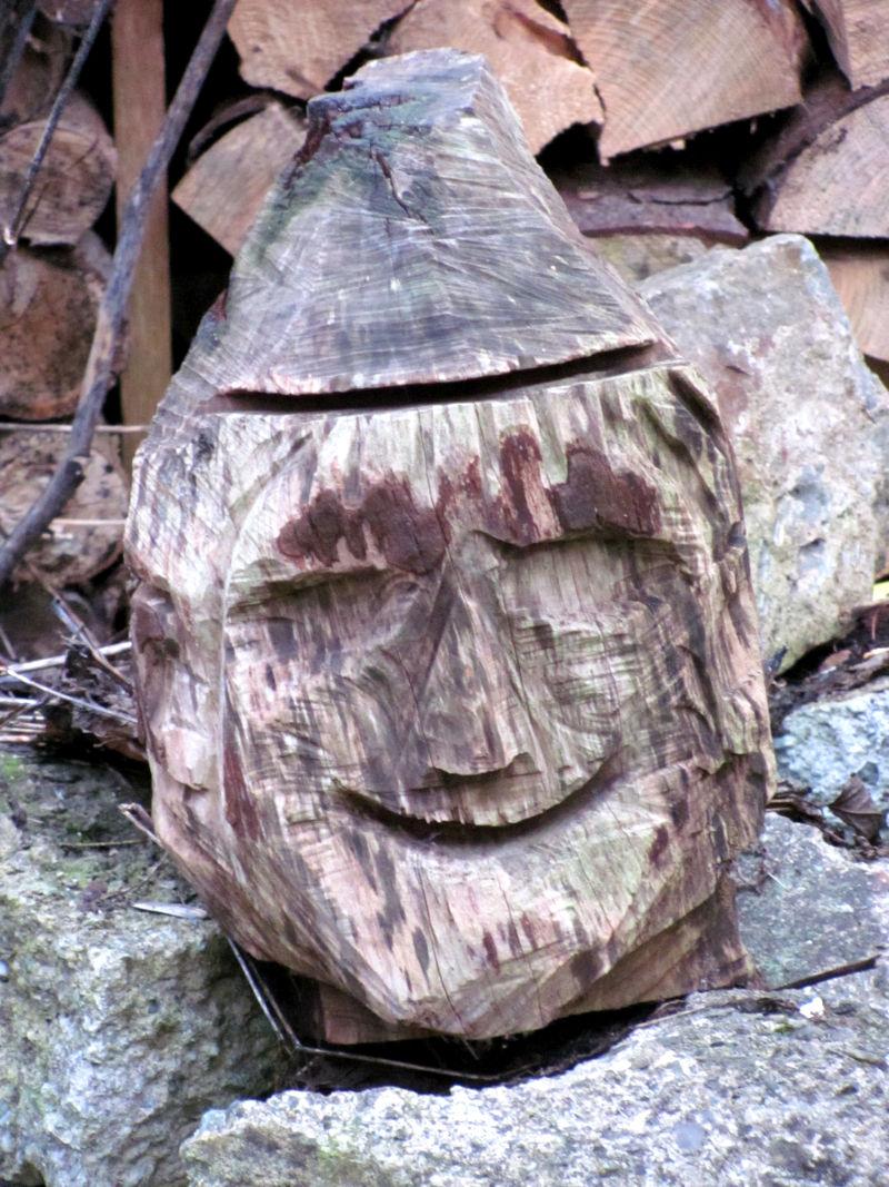 Holz und Kunst im eigenem Stil